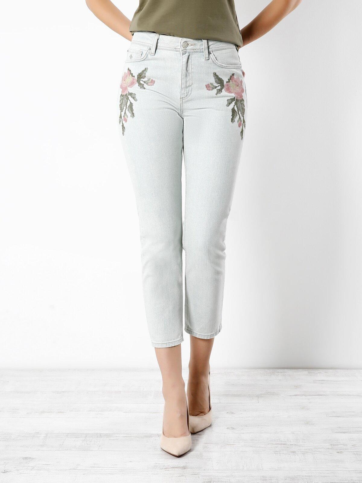 891 Maya Cigarette Fit Yüksek Bel Cigarette Leg  Kadın Beyaz Jean Pantolon