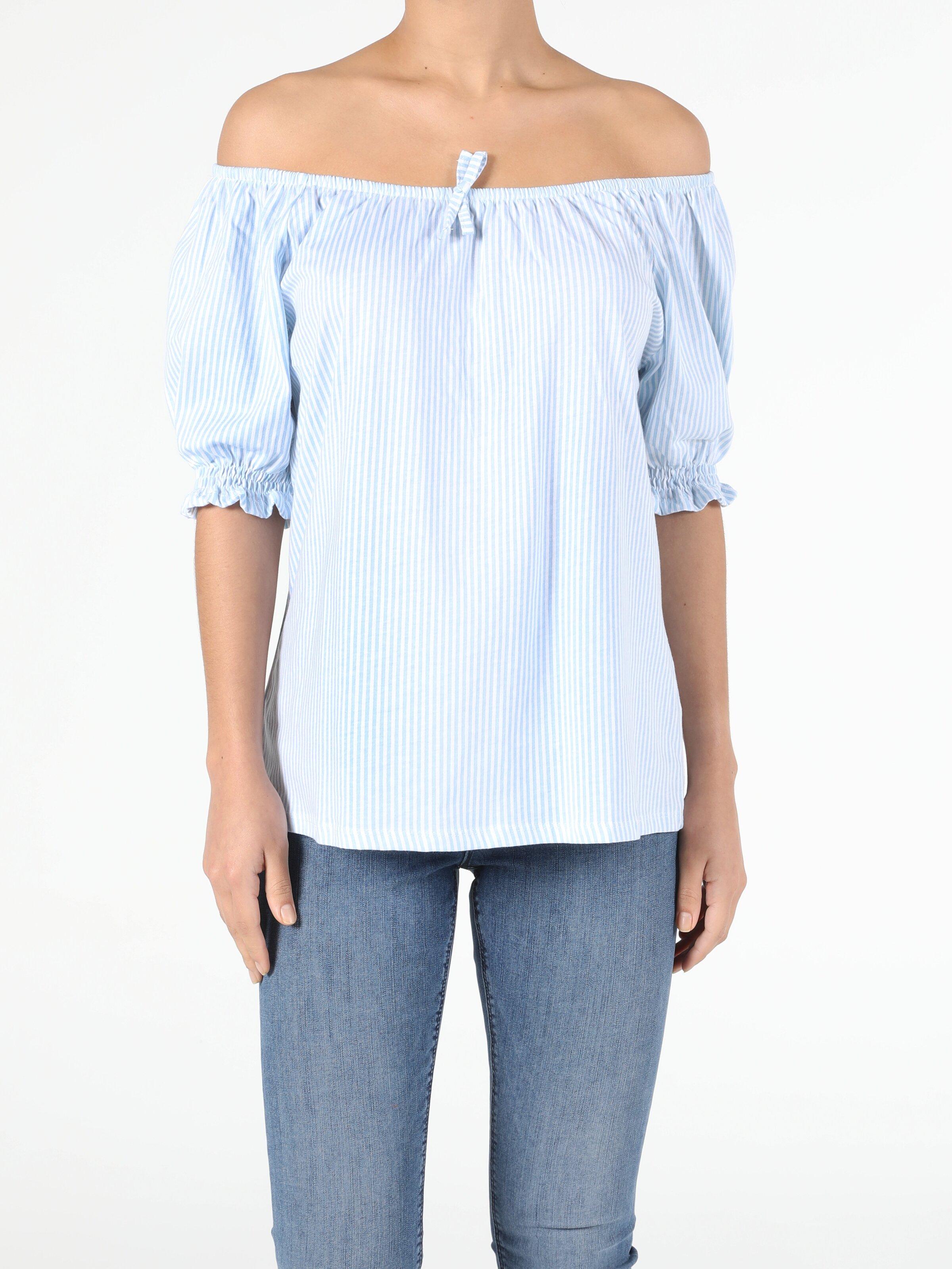 Comfort Fit Kayik Örme Kadın Mavi Kısa Kol Tişört