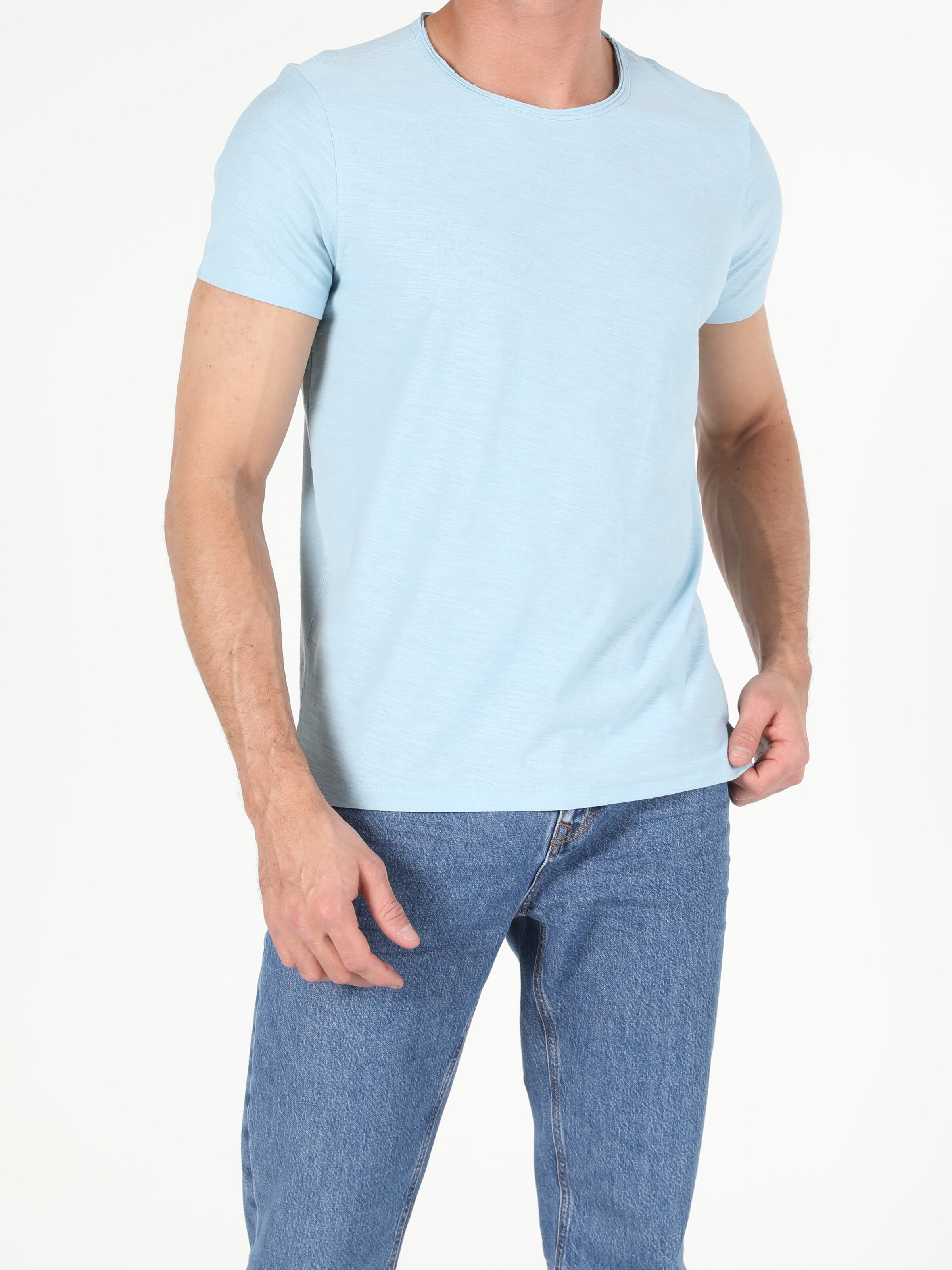 Regular Fit Bisiklet Yaka Erkek Mavi Kısa Kol Tişört