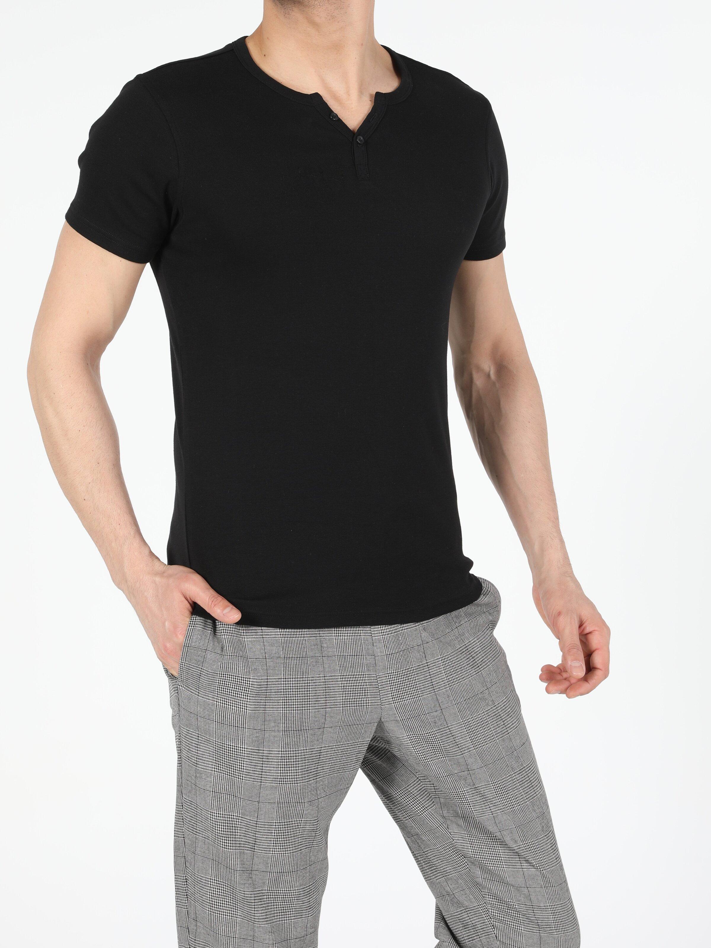 Slim Fit Placket Neck Erkek Siyah Kısa Kol Tişört