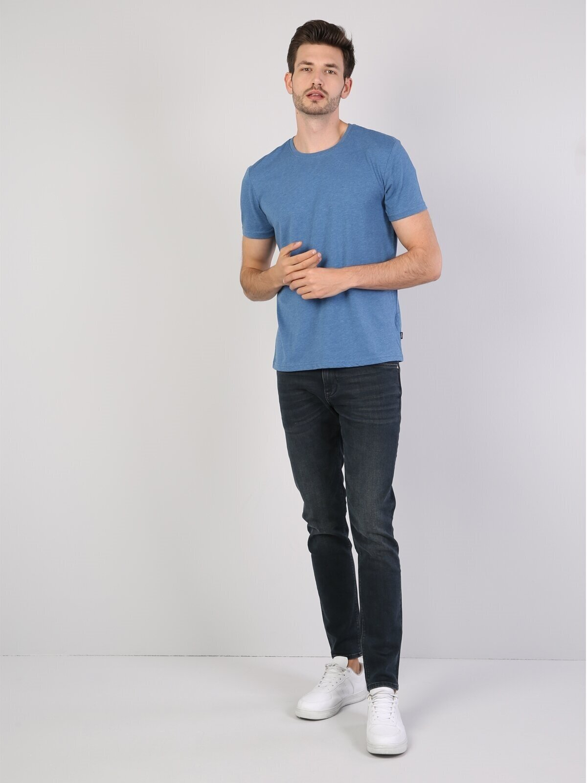 Regular Fit Bisiklet Yaka Erkek Açık Mavi Kısa Kol Tişört