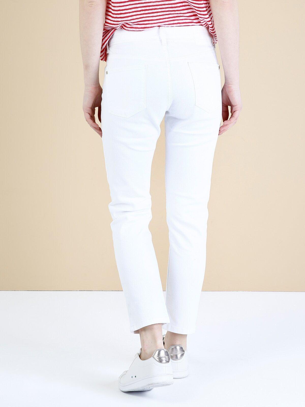 891 Maya Dar Kesim Yüksek Bel Kısa Paça Beyaz Jean Pantolon