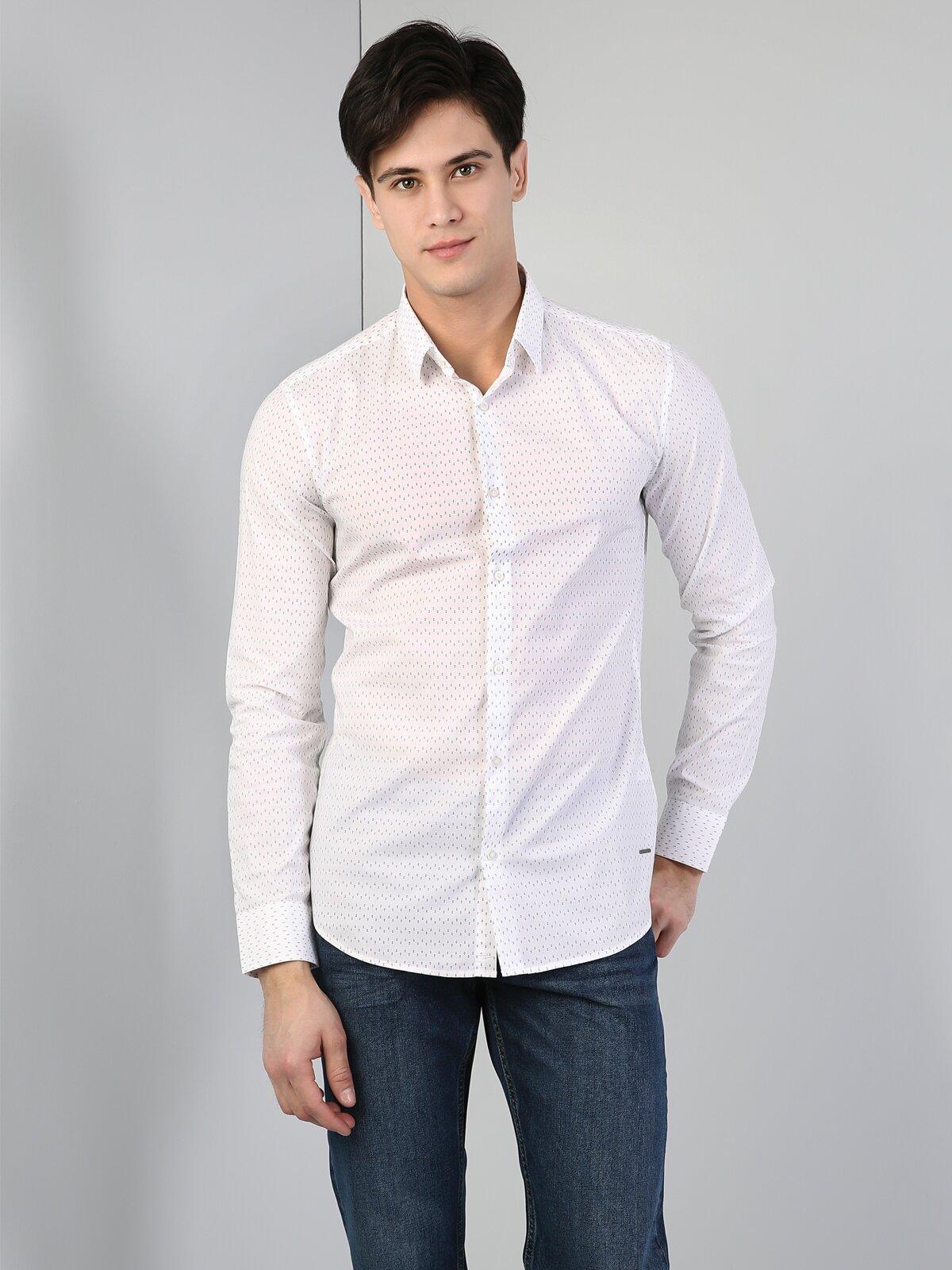 Dar Kesim Beyaz Uzun Kol Gömlek