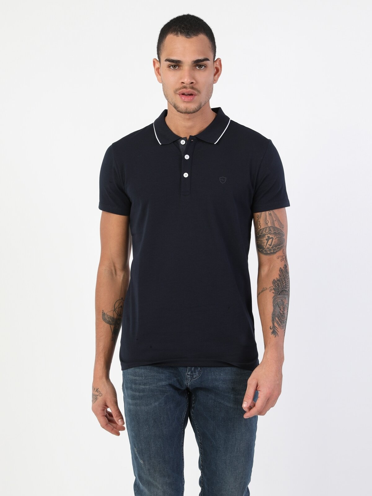 Slim Fit Düğme Detaylı Lacivert Erkek Kısa Kol Tişört