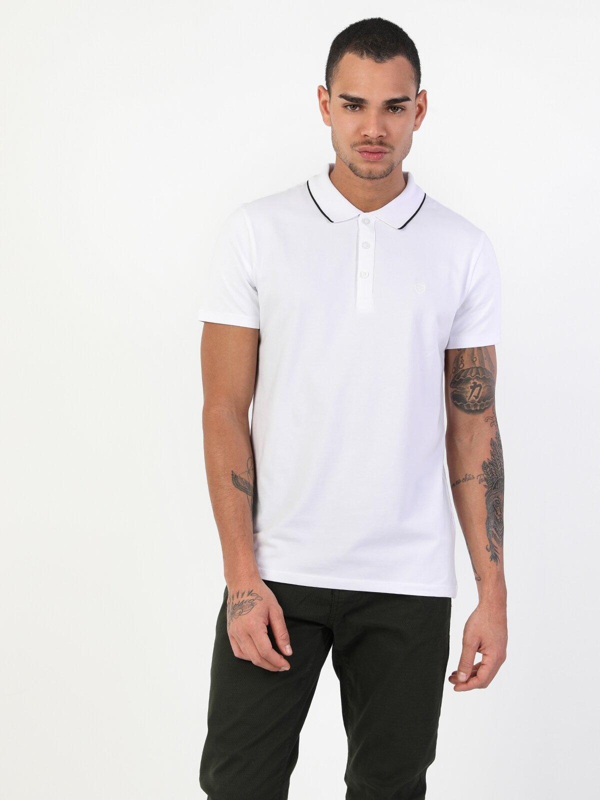 Slim Fit Düğme Detaylı Beyaz Erkek Kısa Kol Tişört