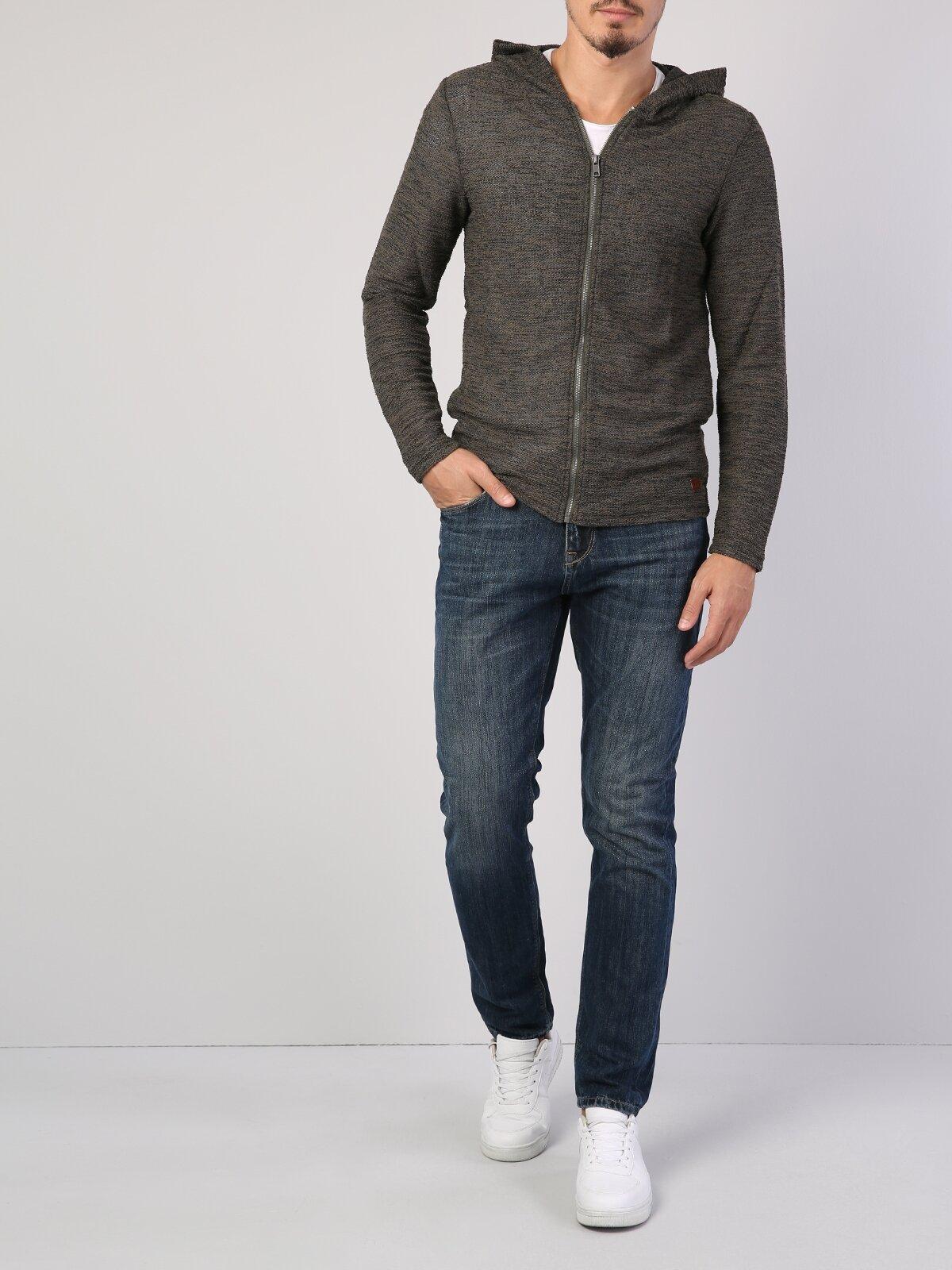 Haki Fermuar Detaylı Kapüşonlu Uzun Kol Sweatshirt