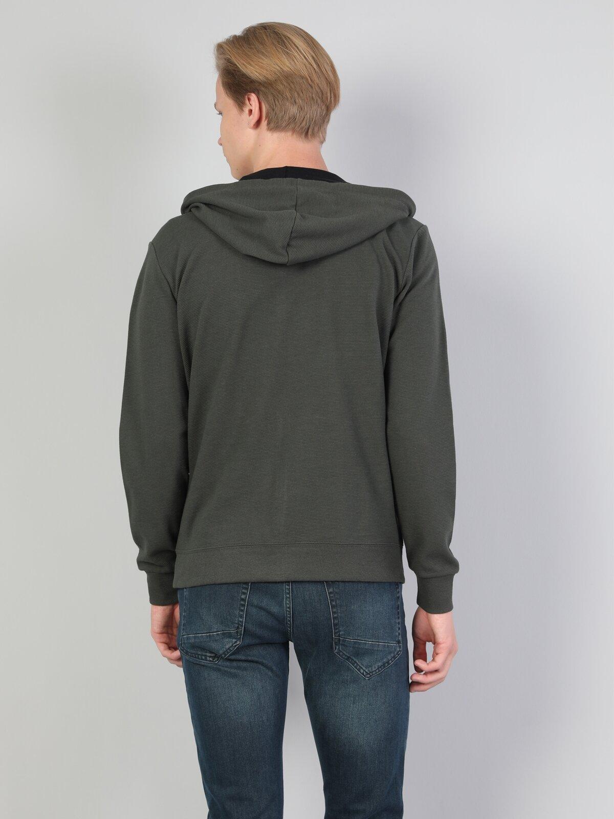 Normal Kesim Kapüşonlu Haki Erkek Uzun Kol Tişört