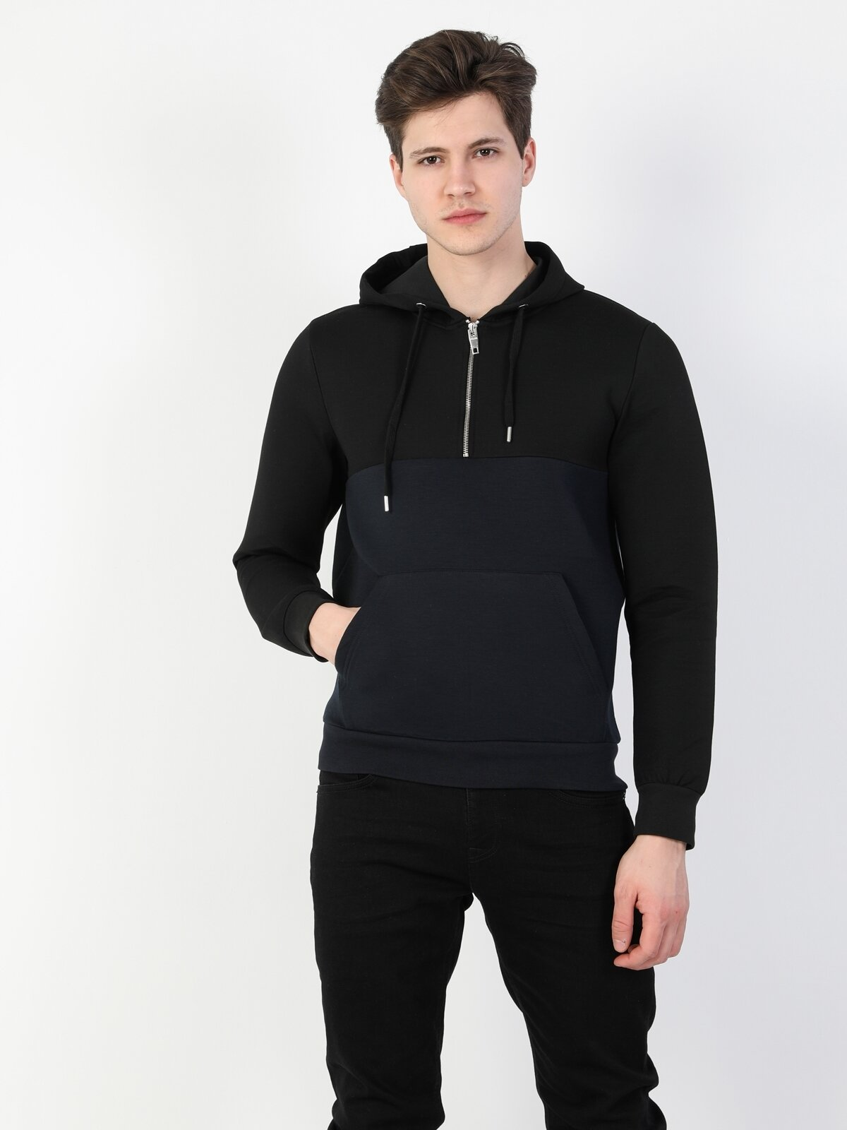 Regular Fit Erkek Siyah Kapüşonlu Sweatshirt