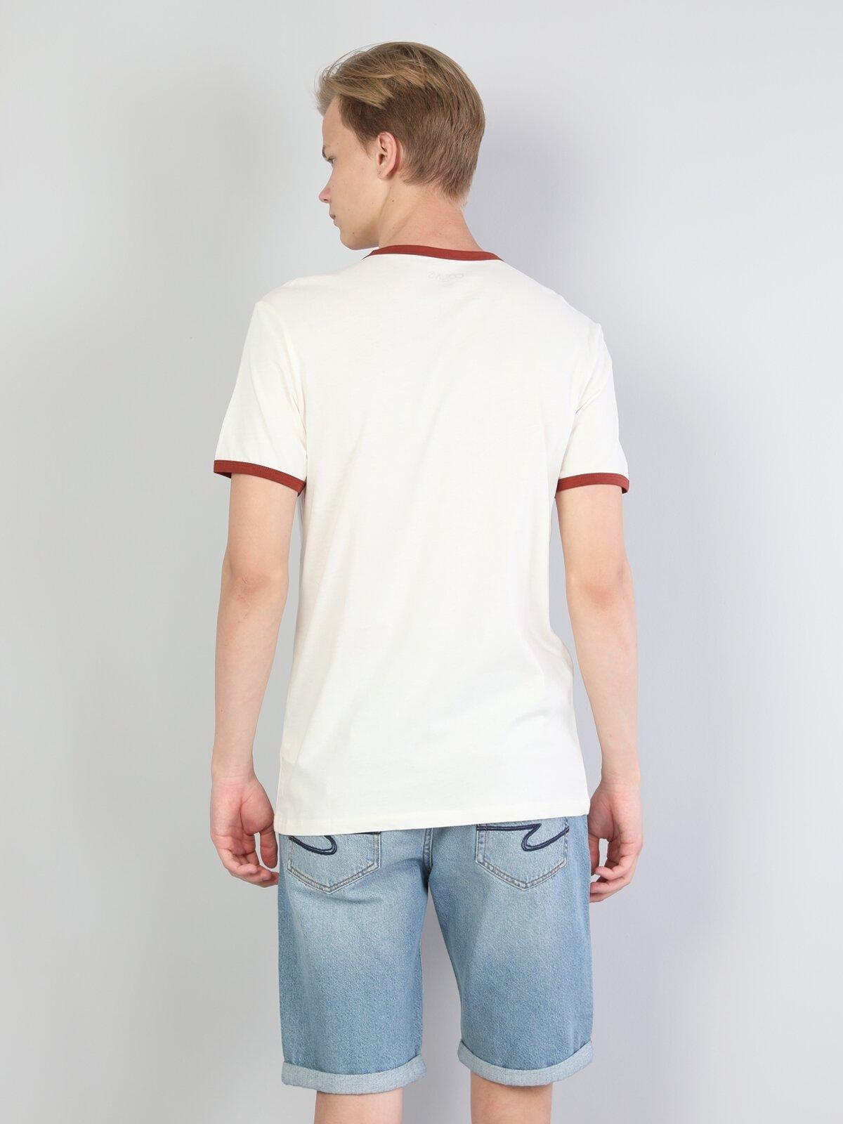 Normal Kesim Bisiklet Yaka Baskılı Beyaz Erkek Kısa Kol Tişört