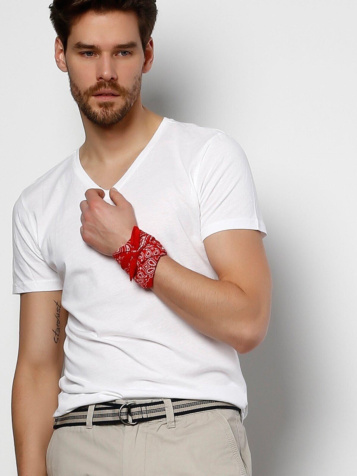 Slim Fit V Yaka Erkek Beyaz Kısa Kol Tişört