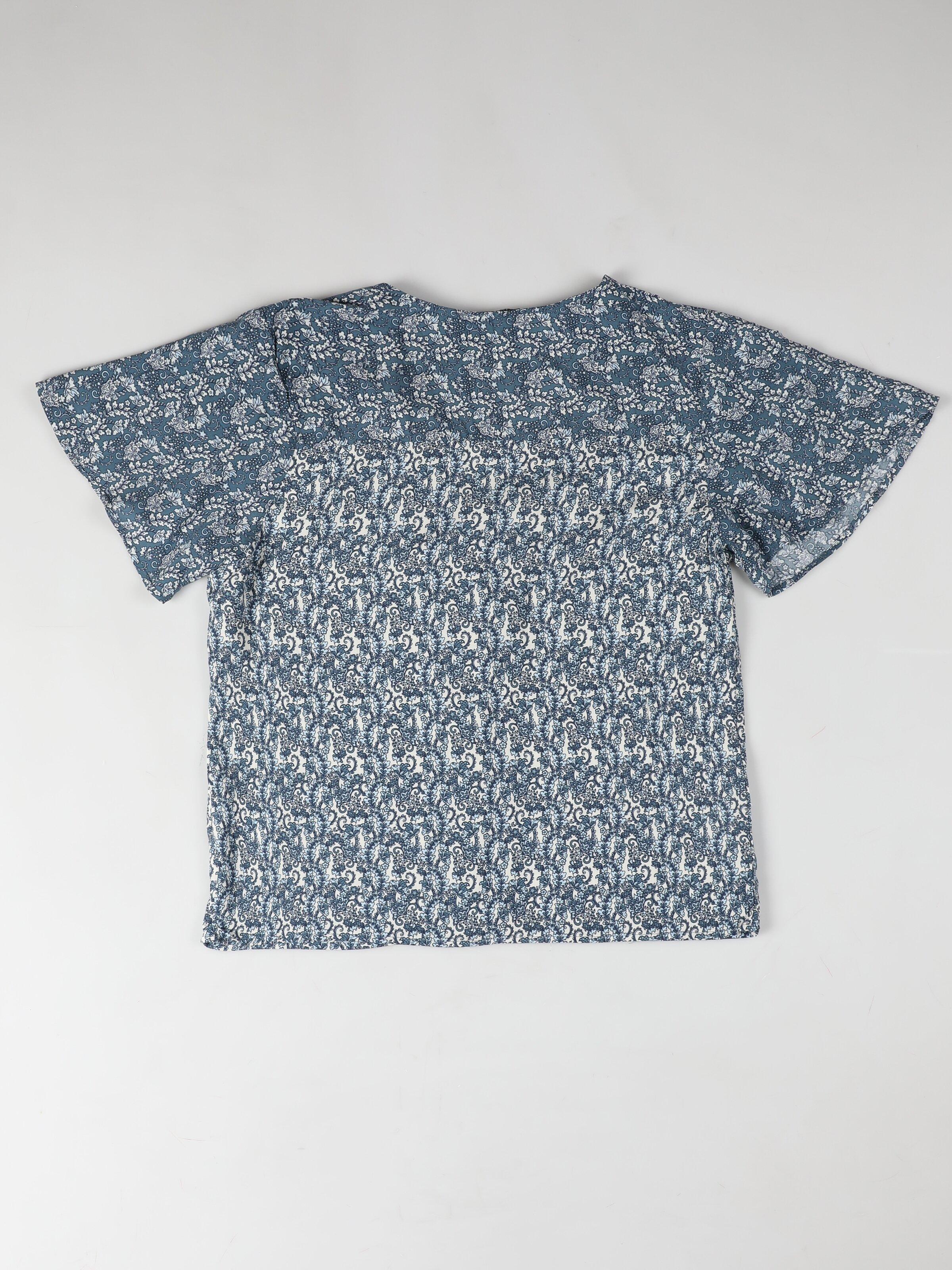 Regular Fit V Yaka Kadın İndigo Kısa Kol Gömlek