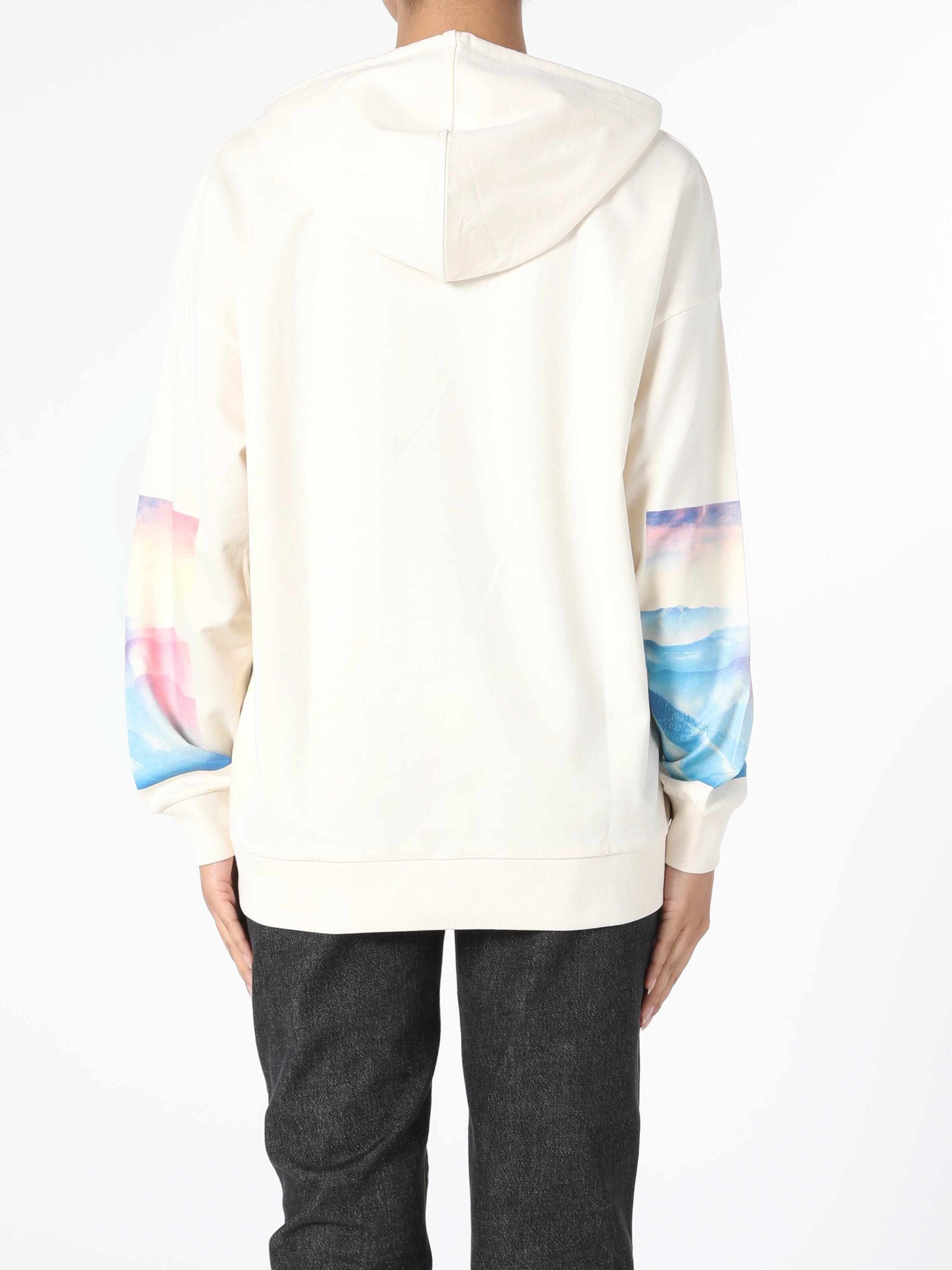 Comfort Fit Beyaz Kadın Sweatshirt