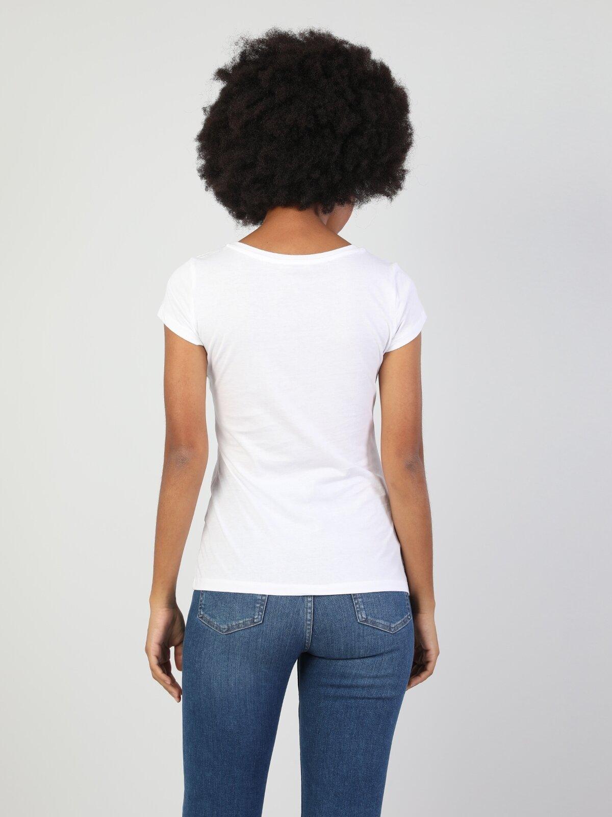 Slim Fit Bisiklet Yaka Örme Kadın Beyaz Kısa Kol Tişört
