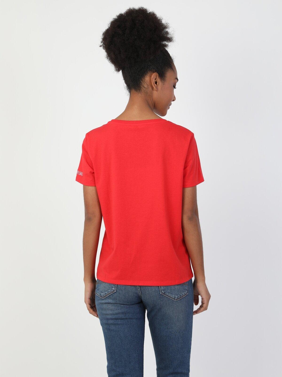 Regular Fit Bisiklet Yaka Örme Kadın Kırmızı Kısa Kol Tişört