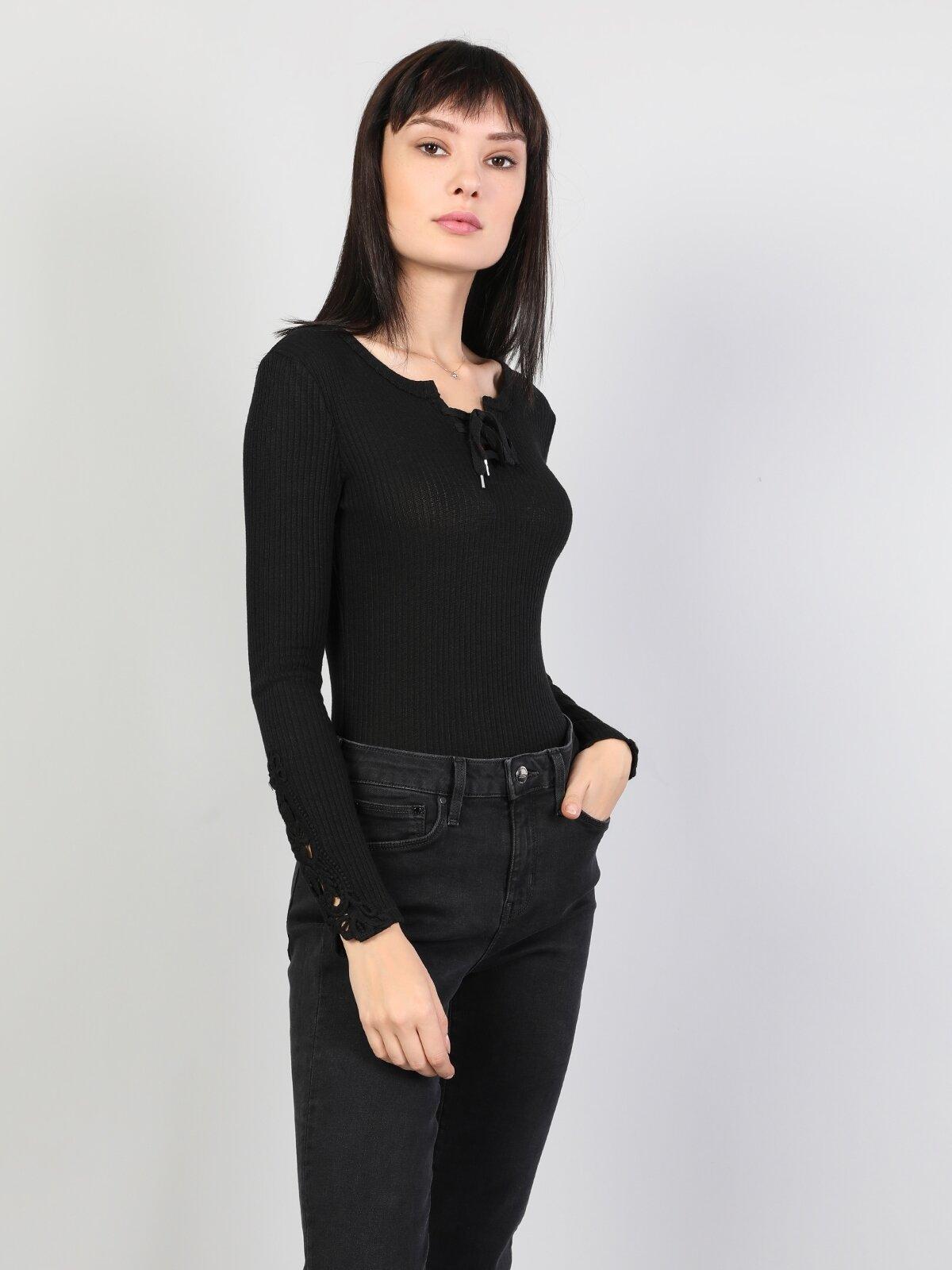Slim Fit Derin Yuvarlak Yaka Kadın Siyah Tshirt U.Kol