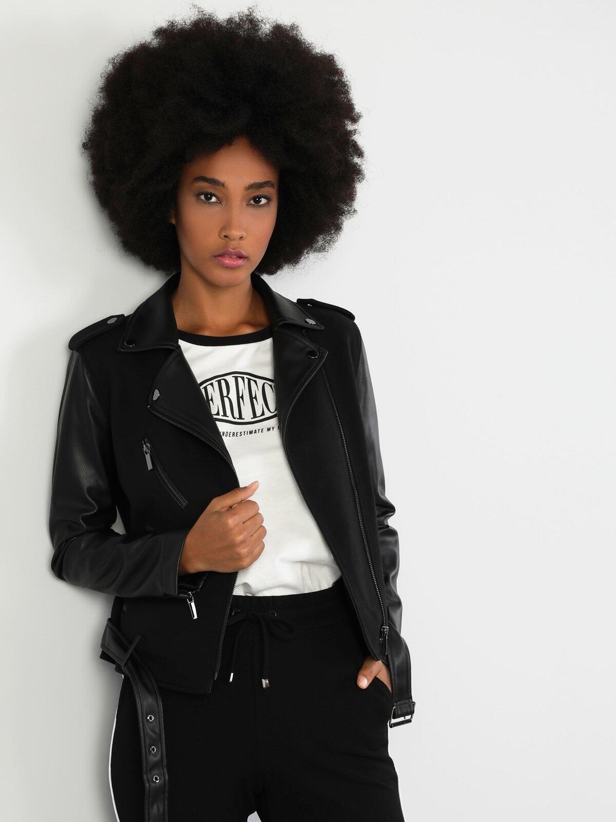 Slim Fit Siyah Kadın Deri Görünümlü Mont