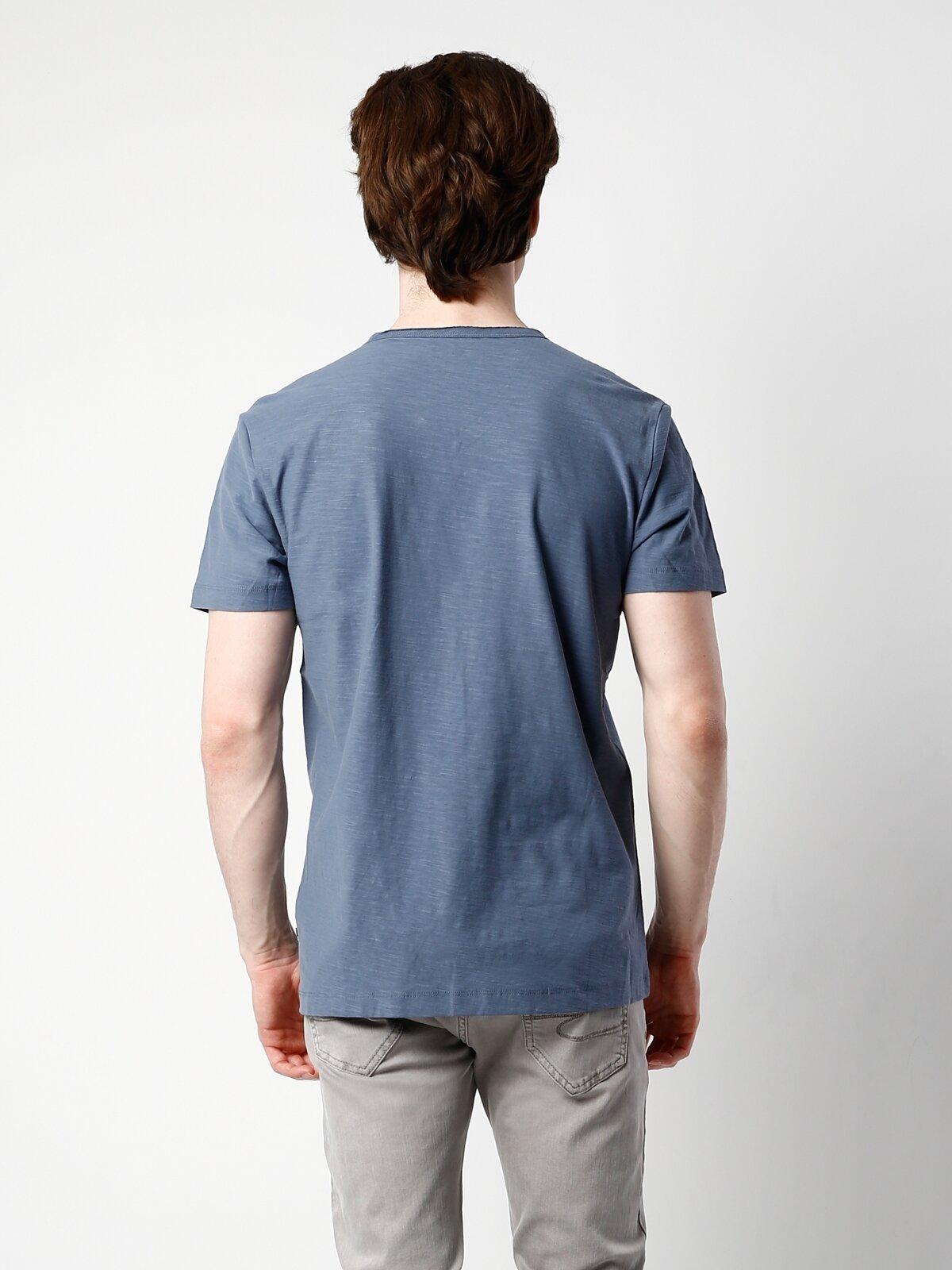 İndigo V Yaka Kısa Kol Erkek Tişört