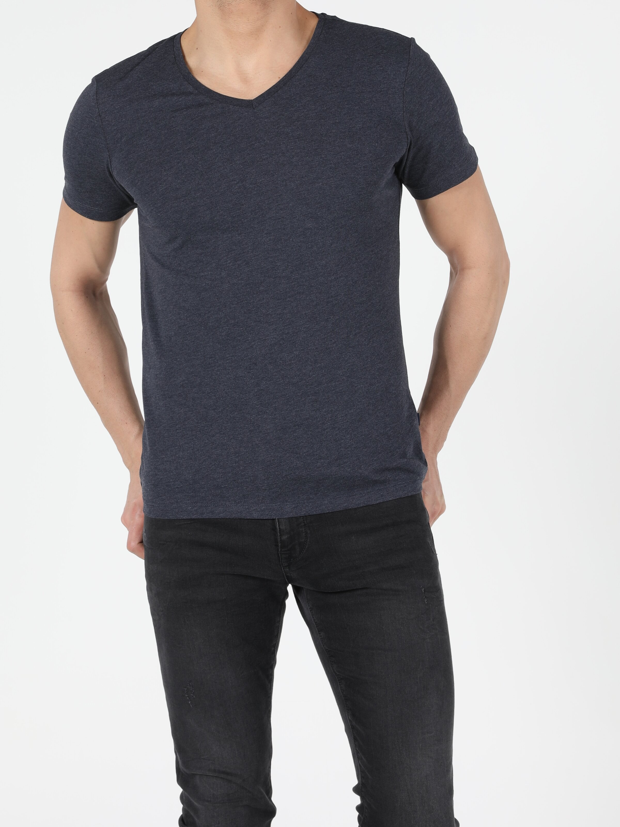 Slim Fit V Yaka Erkek Mavi Kısa Kol Tişört