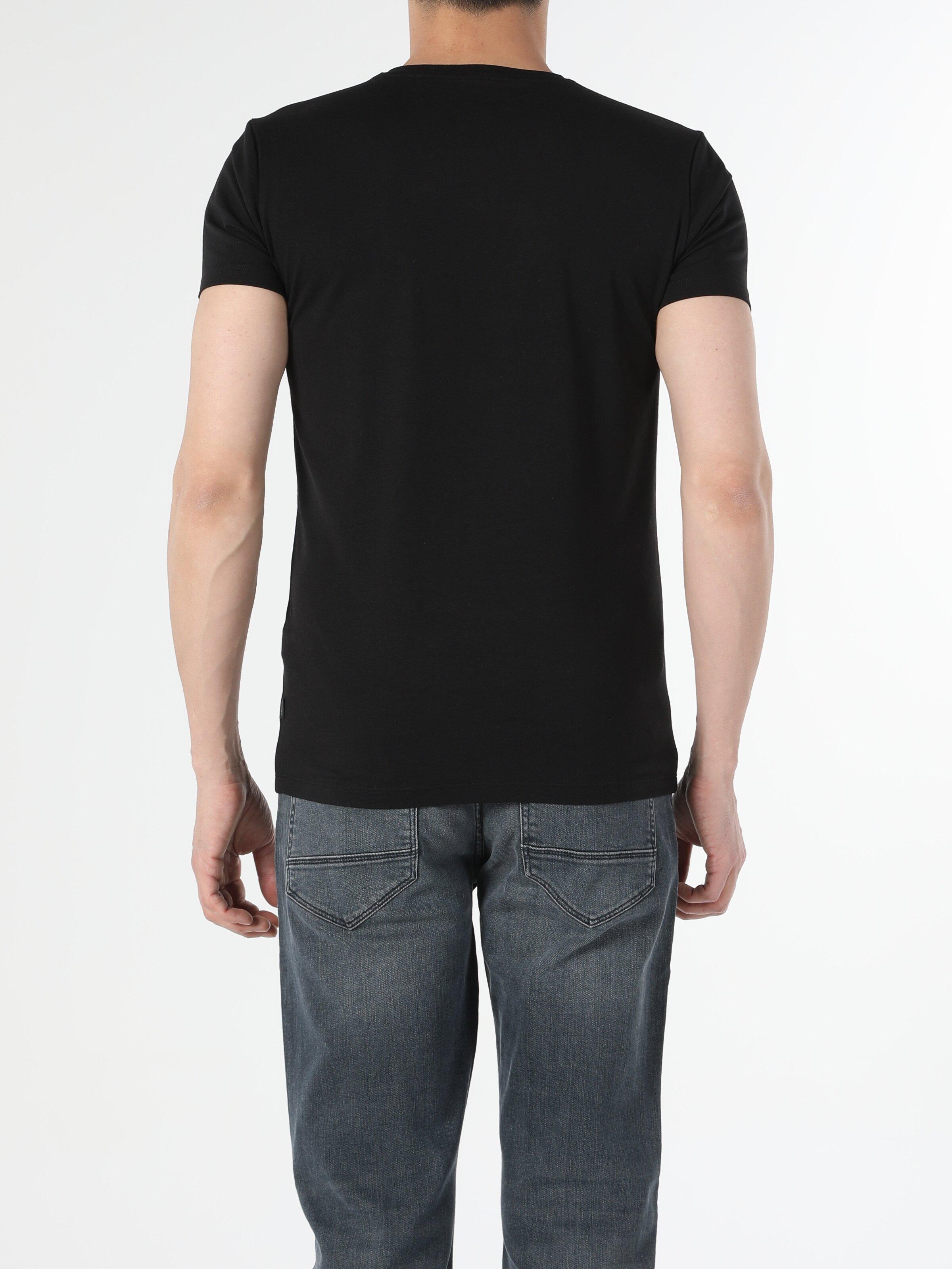 Slim Fit V Yaka Erkek Siyah Kısa Kol Tişört