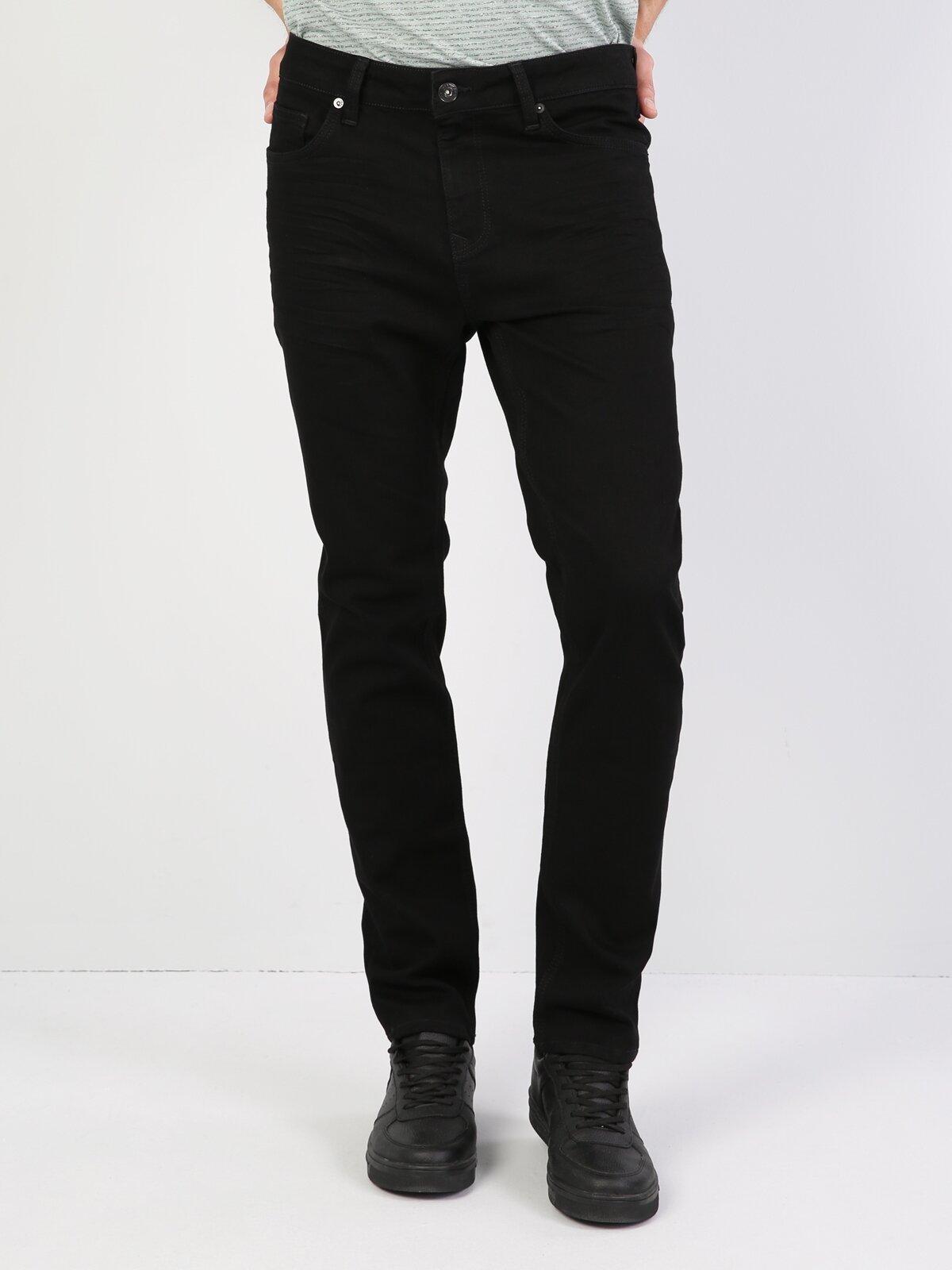 044 Karl Normal Kesim Düşük Bel Düz Paça Siyah  Erkek Jean Pantolon