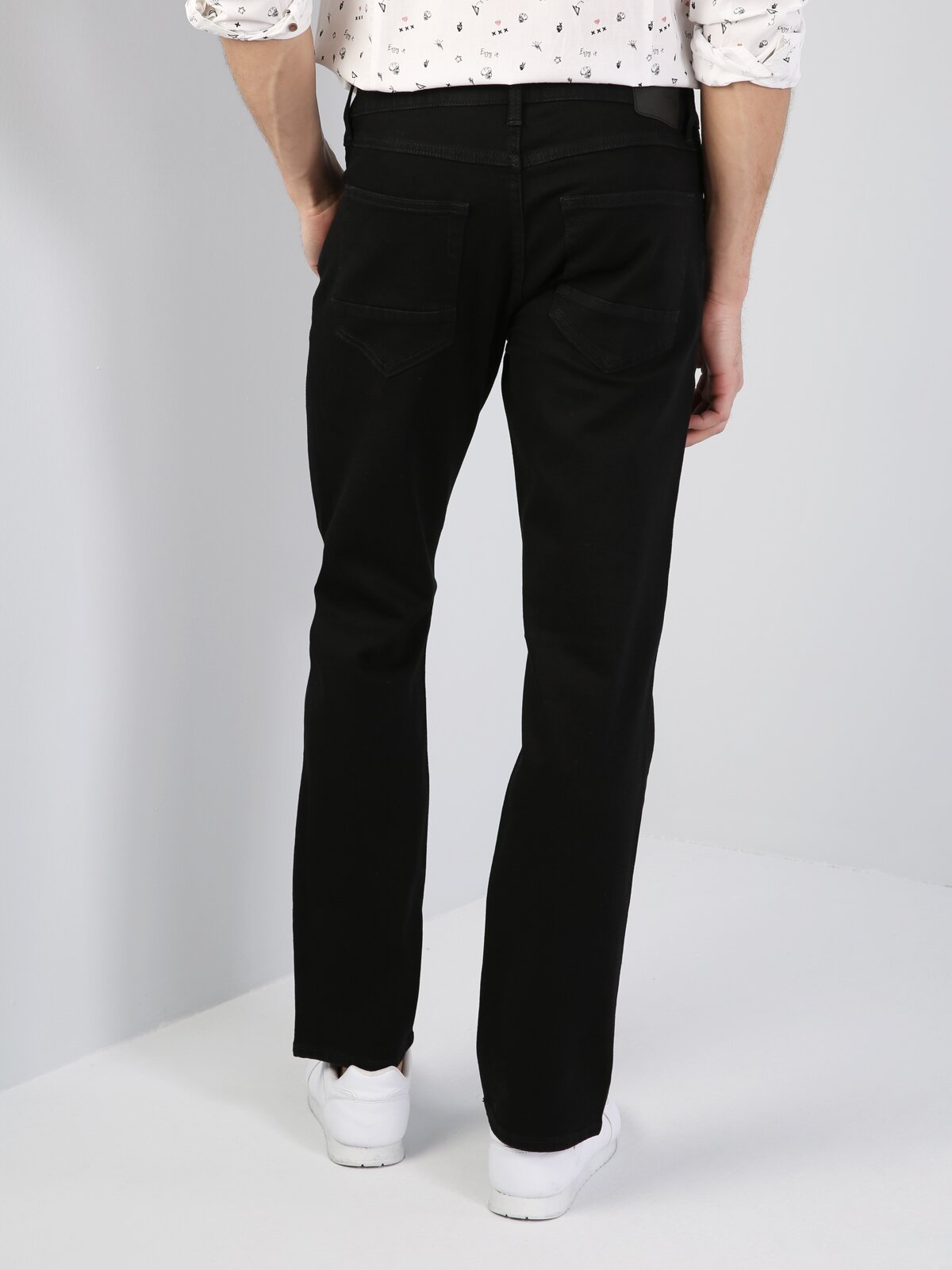 045 David Normal Kesim  Siyah Jean Pantolon