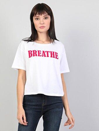 Yazı Detaylı Regular Fit Kadın Beyaz Kısa Kol Tişört