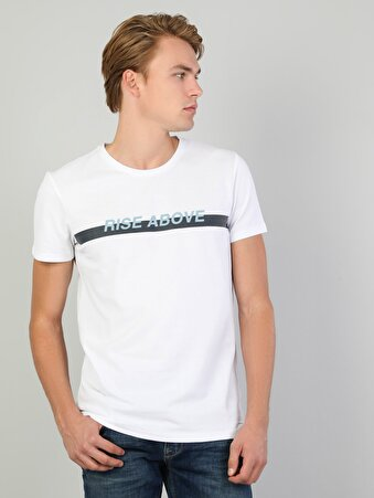 Yazı Detaylı Erkek Beyaz Kısa Kol Tişört