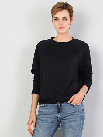 Regular Fit Yüksek Yaka Kadın Lacivert Uzun Kol Tişört