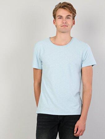 Mavi Yuvarlak Yaka Kısa Kol Tişört