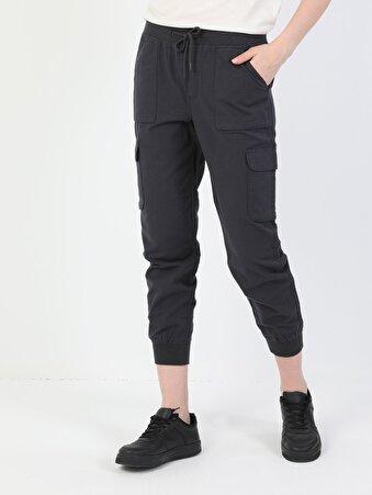 Ahat Kalıp Bilek Boy Gri Kadın Kargo Pantolon