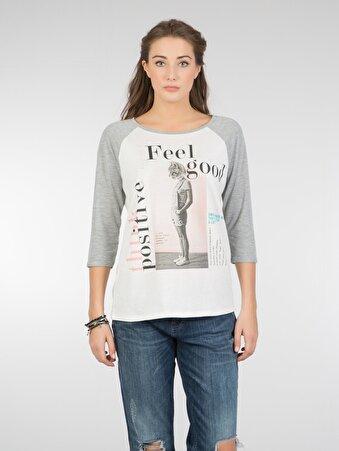 Beyaz Bayan Tshirt U.kol