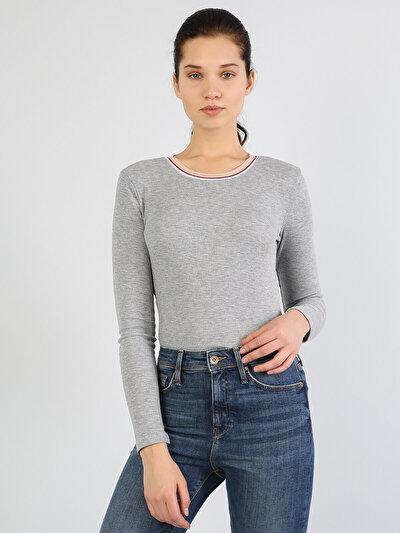 Gri Melanj Yuvarlak Yaka Uzun Kol Tişört