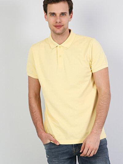 Polo Yaka Açık Sarı Kısa Kol Tişört