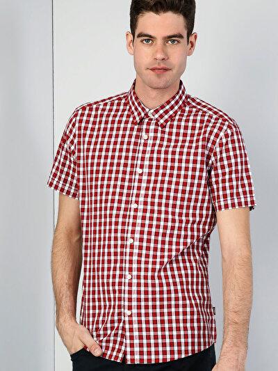 Dar Kesim   Kırmızı Kısa Kol Gömlek