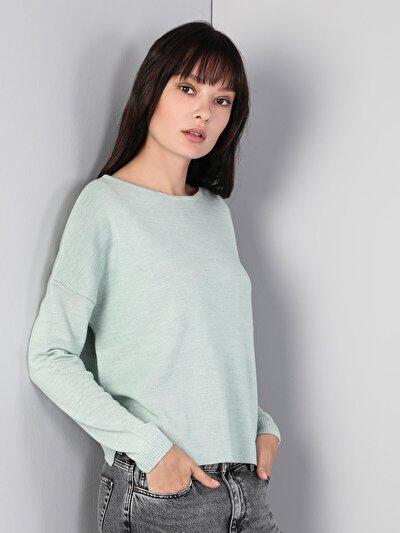 Yeşil Kadın Kazak