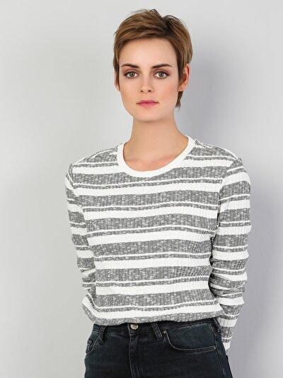 Regular Fit Desenli Kadın Beyaz Uzun Kol Tişört