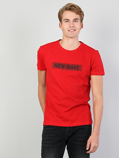 Erkek Yazı Detaylı Kırmızı Kısa Kol Tişört