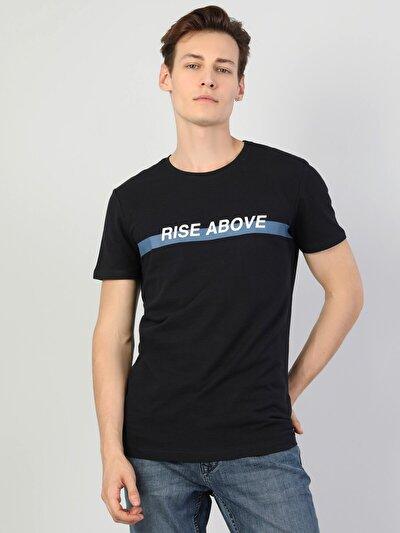 Yazı Detaylı Erkek Lacivert Kısa Kol Tişört