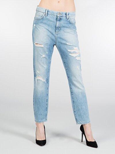 Dar Kesim Düşük Bel Dar Paça Mavi Jean Pantolon