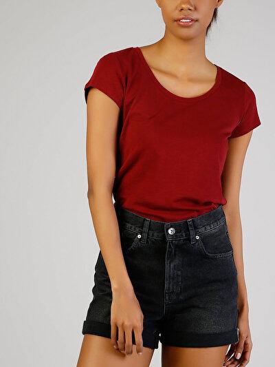 Kırmızı Derin Yuvarlak Yaka Kısa Kol Tişört