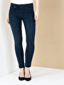 759 Lara Slim Fit Orta Bel Dar Paça Mavi Jean Pantolon