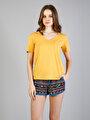 Regular Fit V Yaka Kadın Sarı Kısa Kol Tişört